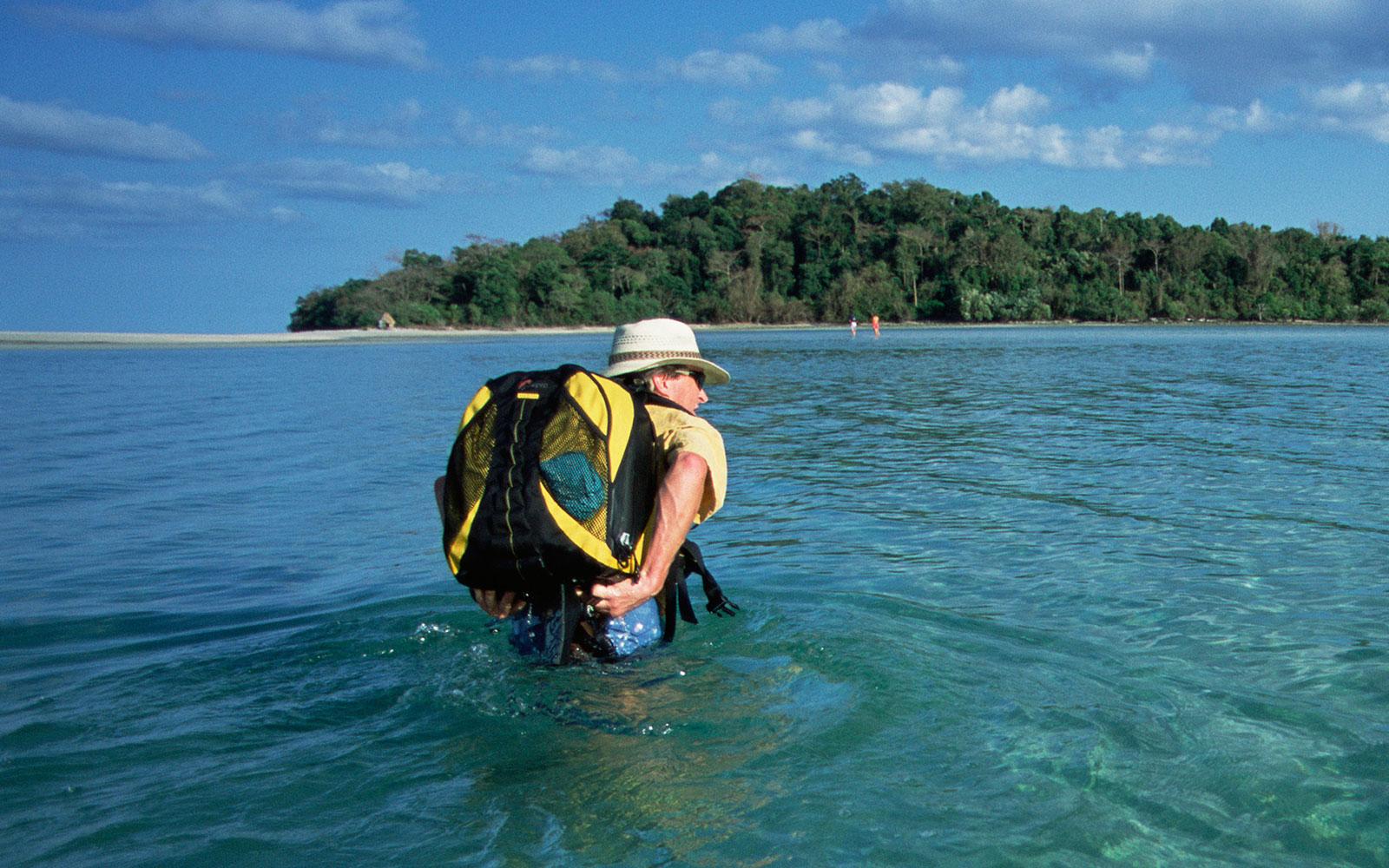 Best Waterproof Backpacks 2017 – Buyer's Guide